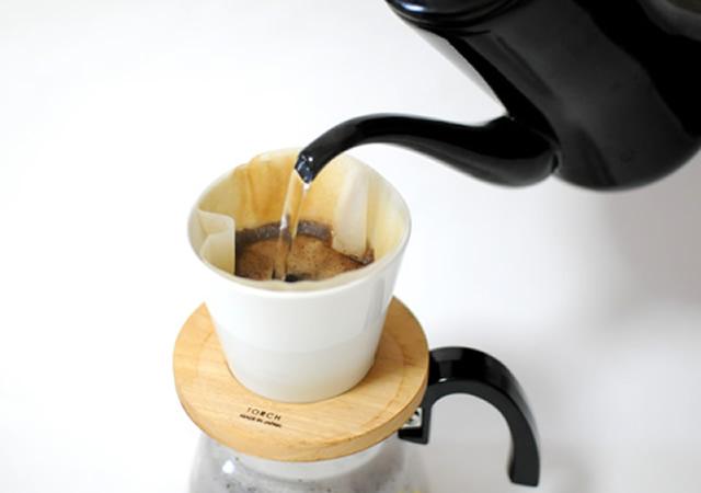コーヒーのお湯を注ぐのに最適!「月兎印 ホーロー製コーヒーポット 野田琺瑯社製」がおすすめ!