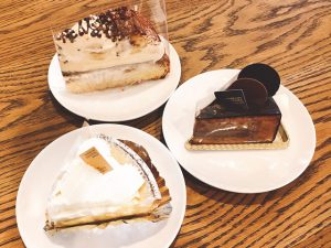 豊岡市若松町にあるケーキ屋「カタシマ KATASHIMA 豊岡店」のベイクドチーズケーキが美味い!