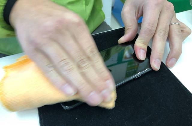 豊岡市九日市にある格安スマホ・エックスモバイルのガラスコーティングが良い!