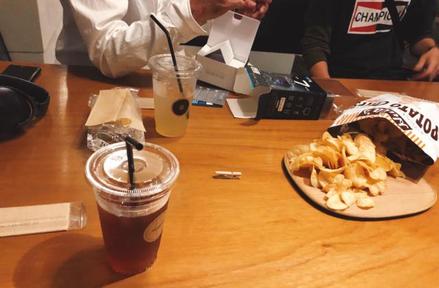 「豊劇」のCAFE&BAR「ajito アジト」で秘密の作戦会議を行ったよ!